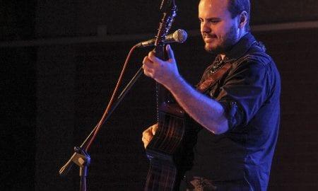 Andy McKee guitar player drop D tuning on guitar