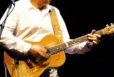 Tommy Emmanuel Guitarist Guitar tunings