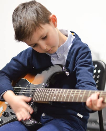 kids guitar lessons at guitar Tuition East London