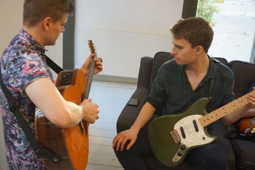 guitar student guitar Tuition East London