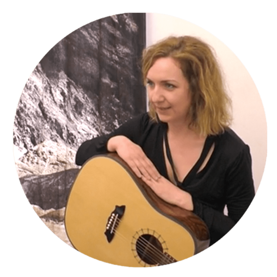laura guitar student guitar tuition east london