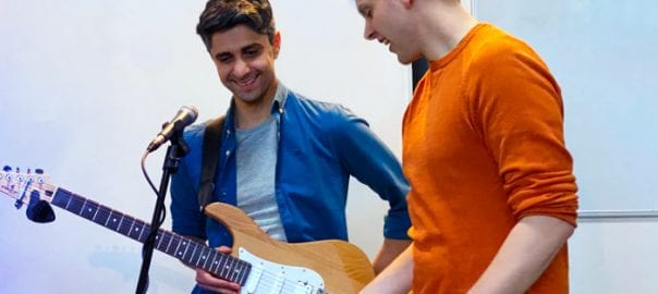Guitar lessons for adults with guitar tuition east london