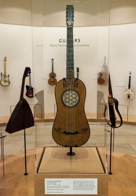 Spanish 5 string guitar in history