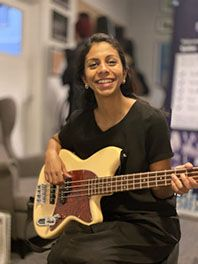 bass London guitar lessons