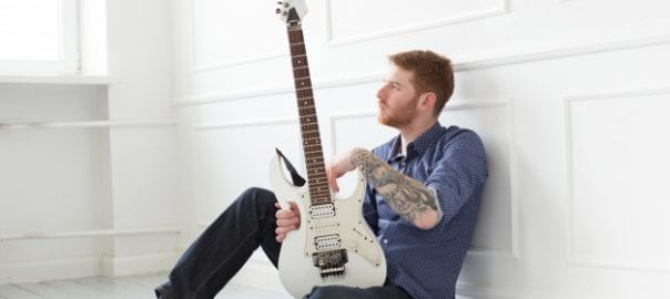 choosing electric guitar to buy