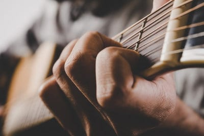 How to Get Used to Playing Barre Chords