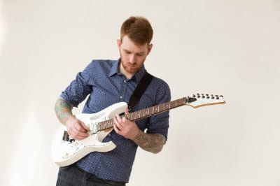 How to Reduce Wrist Pain as a Guitar Player