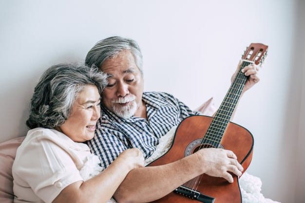 Learning Guitar Over the Age of 50
