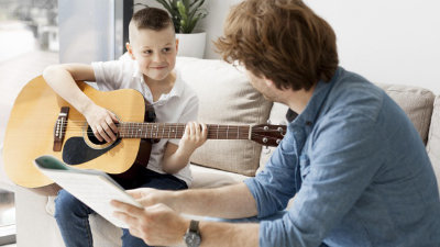 Top Tips for First-Time Guitar Students