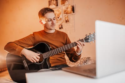 3 mistakes beginner guitarists make and how to avoid them
